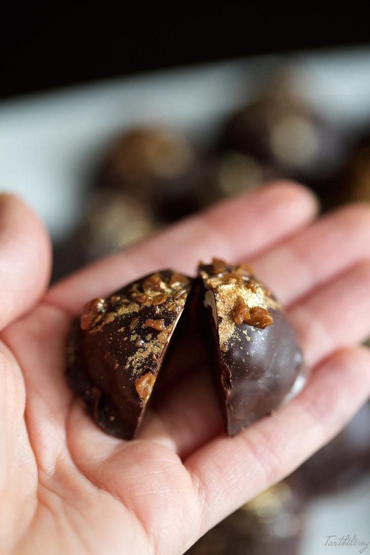 Rocas de chocolate, dulce de leche y cacahuetes