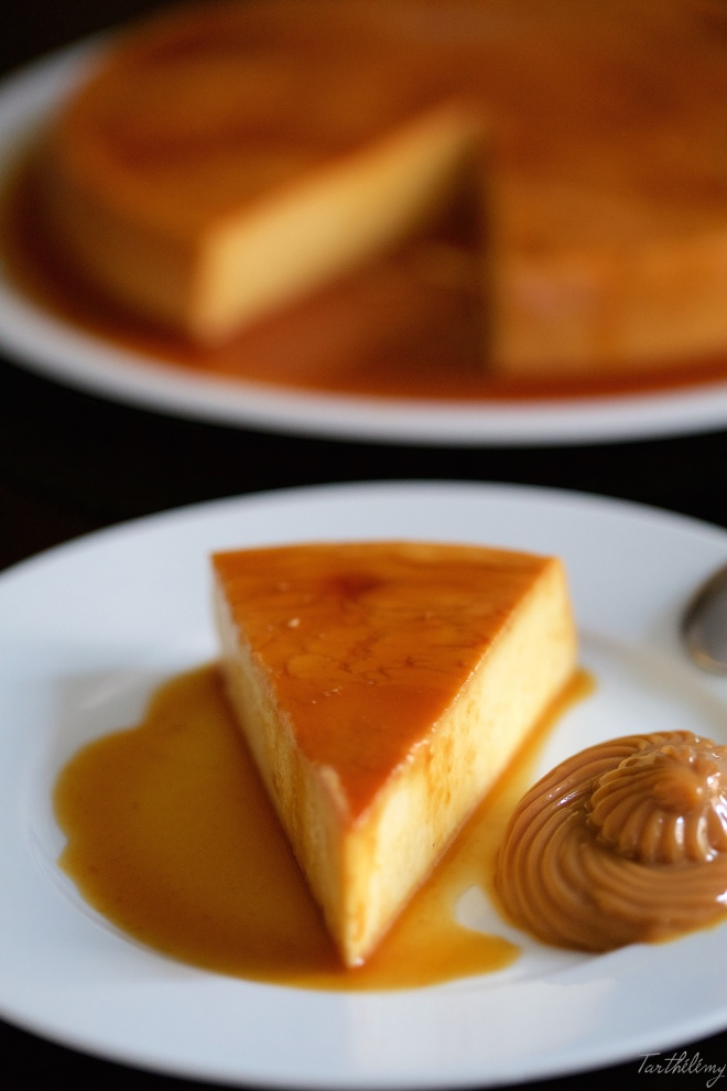Flan de queso con dulce de leche
