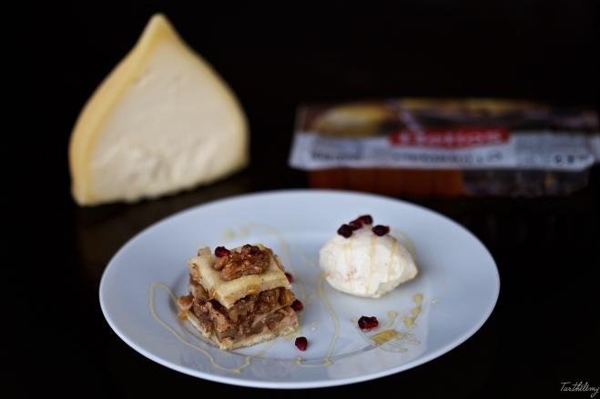 Baklava con dulce de membrillo y helado de queso gallego